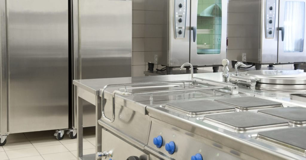 Top 4 Reasons to Consider Integrated Refrigerators for Your Commercial Kitchen Space